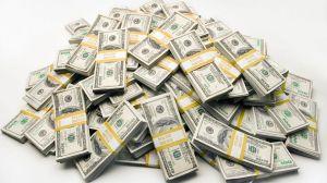 GTY_stock_cash_pile_money_dollar_bills-thg-130726_16x9_992